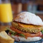 Burger veggie de quinoa y garbanzos santamasa (Vegetariano)