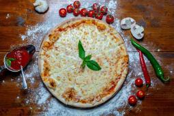 Pizza Margherita medie