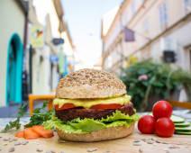 Sunny love burger