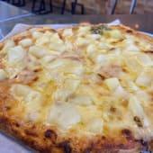 Pizza sisily hawaiana