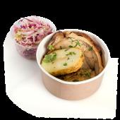 Porchetta la rotisor cu cartofi copți și salată de varză