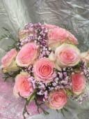 Ramo de 12 rosas rosas Dulce