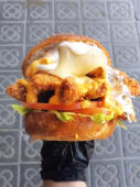 La Dakota Burger