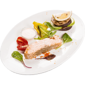 Филе семги с овощами