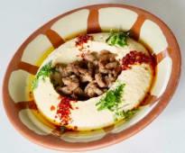 Hummus cu carne si snobar