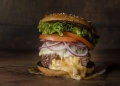 Melting Cheese Burger