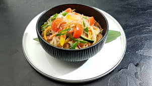 Thai glass noodle salata