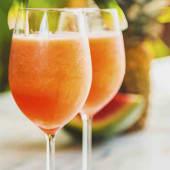 Licuado De Frutas Con Agua (16 Oz.)
