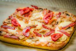 Піца М'ясний бум