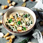 Supă cremă de ciuperci cu trufe