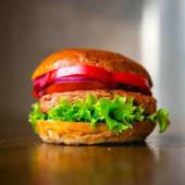 Burger Janush