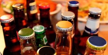 Alcohol y Bebidas