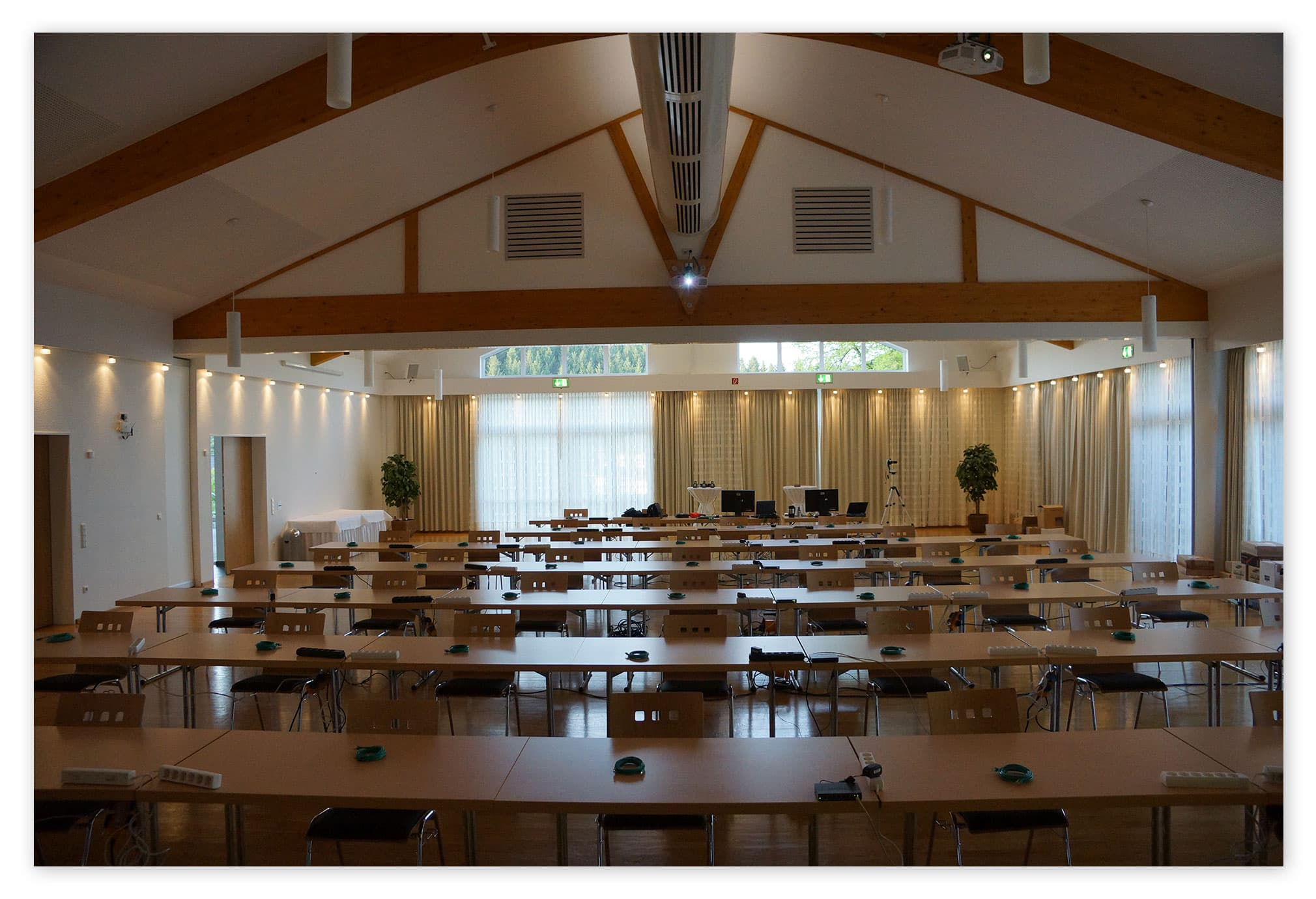 Konferenzraum vor dem Aufbau