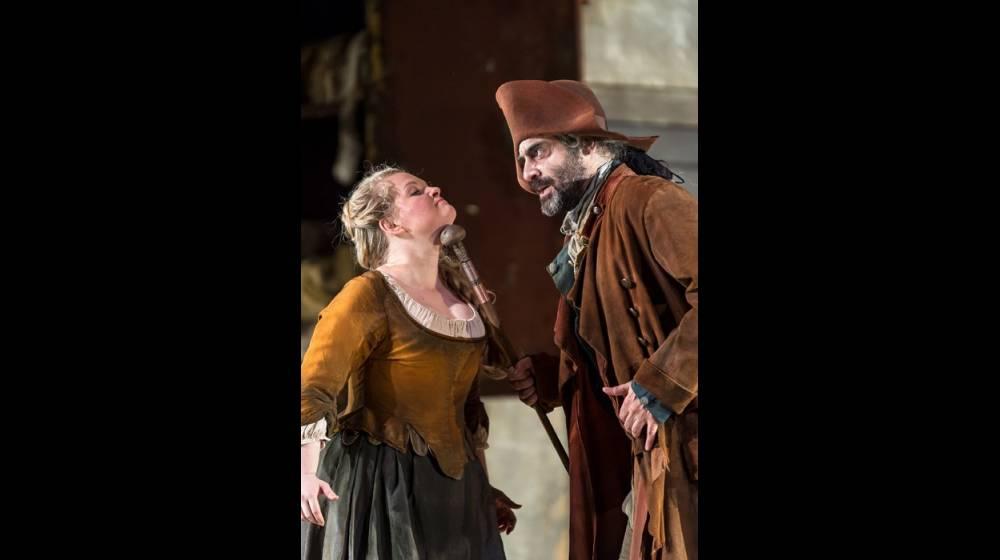 Cenerentola (Elizabeth DeShong) and Don Magnifico (Umberto Chiummo), La Cenerentola 2012.