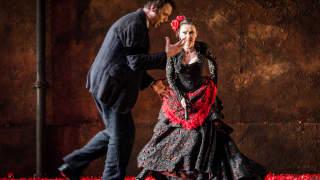 Carmen, Glyndebourne Festival 2015. Don José (Pavel Cernoch) and Carmen (Stéphanie d'Oustrac).