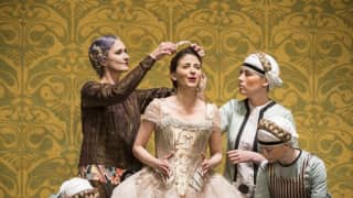 Der Rosenkavalier, Glyndebourne Festival 2014. Sophie (Teodora Gheorghiu).