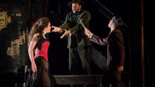 Carmen, Glyndebourne Festival 2015. L – r Carmen (Stéphanie d'Oustrac), Le Remendado (Loïc Felix) and Le Dancaïre (Christophe Gay).