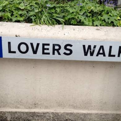 lovers_walk_1_vgiay6.jpg