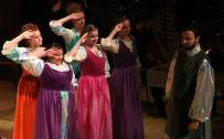 GYO Chorus and Aeneas (Nicholas Lester)