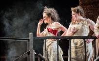 Carmen, Glyndebourne Festival 2015. Carmen (Stéphanie d'Oustrac). Photographer: Robert Workman