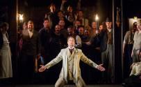 Carmen, Glyndebourne Festival 2015. Escamillo (David Soar). Photographer: Robert Workman