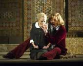 Nozze_di_Figaro_763_Susanna_Lydia_Teuscher_and_Count_Almaviva_Audun_Iversen_._Photo_credit_Alastair_Muir._nvxt1p.jpg