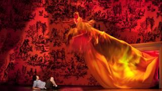 Child (Khatouna Gadelia) and Fire (Kathleen Kim) in L'enfant et les sortilèges (Festival 2012).