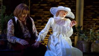 Count (Audun Iversen) and Countess (Sally Matthews), Le nozze di Figaro 2012.