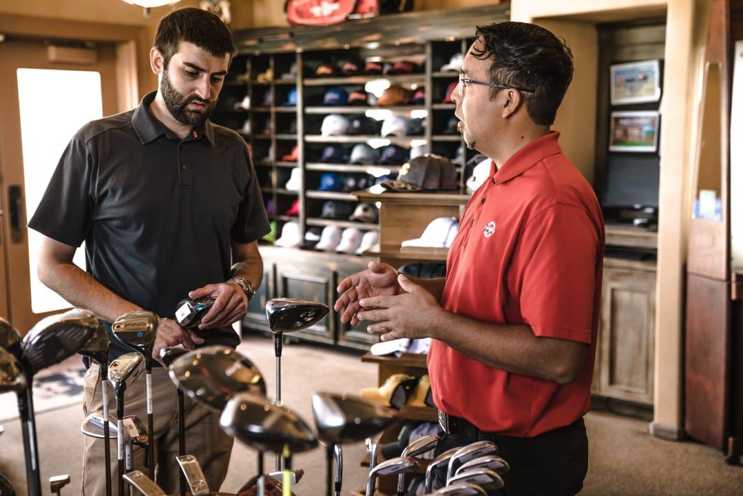 Essentials - Customer Service - Putting Customers First