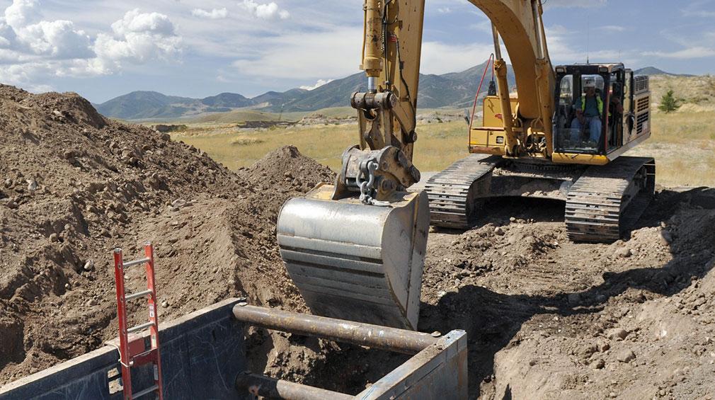 Segurança de escavação e trincheiras - Internacional (Excavation and Trenching Safety - International Portuguese)