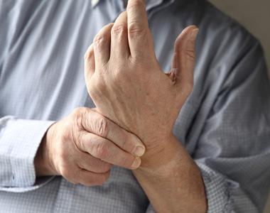 Segurança de Mãos, Pulsos e Dedos (Hand, Wrist and Finger Safety Portuguese)