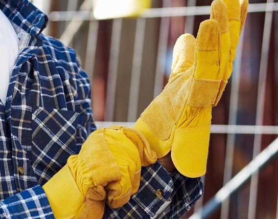Środki ochrony indywidualnej (ŚOI) część czwarta - Międzynarodowe (Personal Protective Equipment (PPE) Part Four - International Polish)