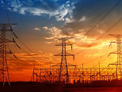 Bezpieczeństwo elektryczne i blokady/zawieszki - Międzynarodowa (Electrical Safety and Lockout/Tagout - International Polish)