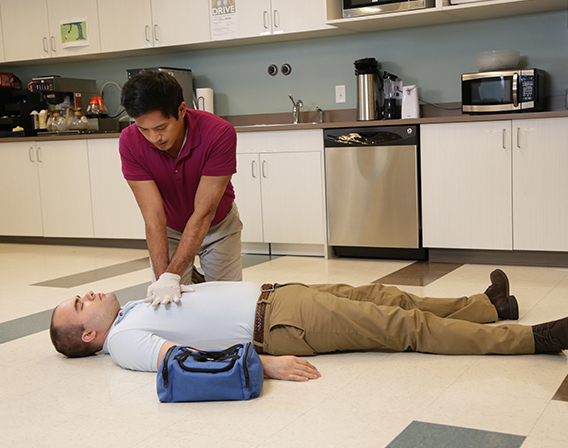 First Aid - Basics (US)