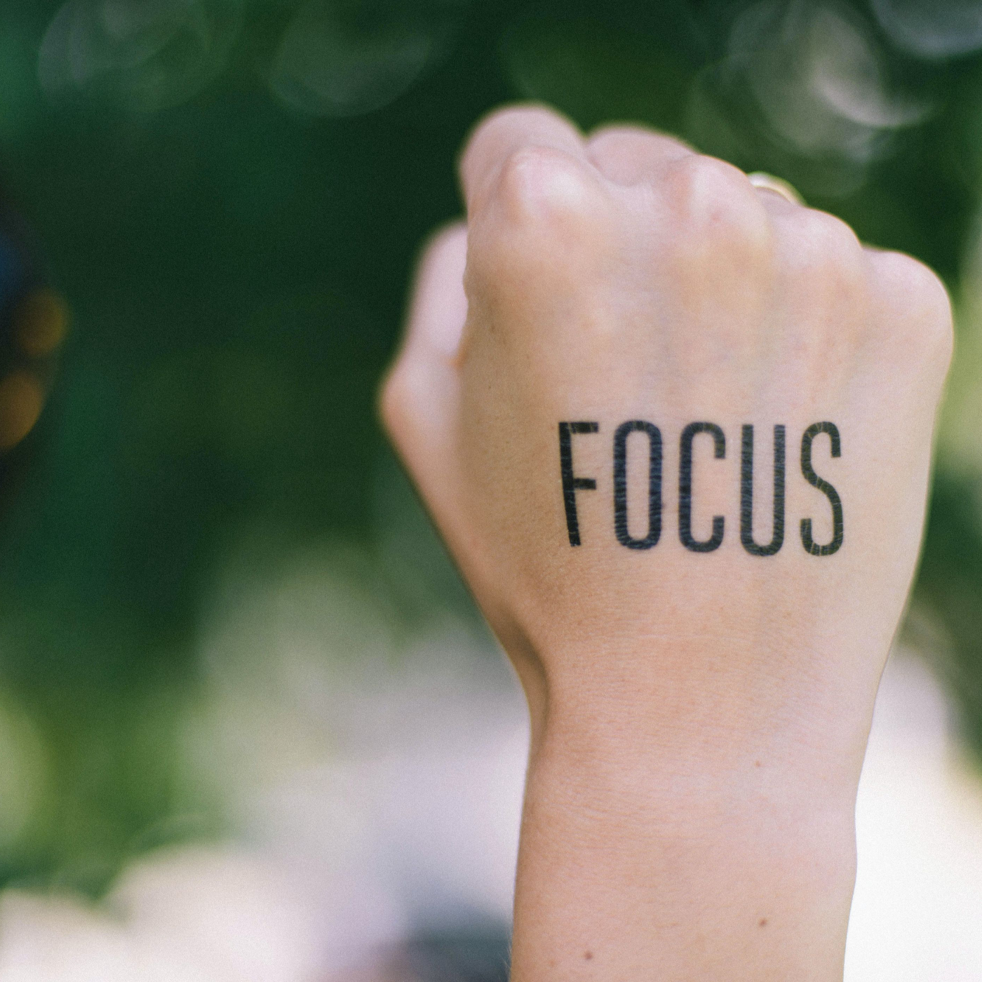 Pushing away distractions: How to improve focus and concentration