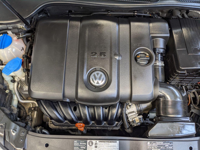 2010 Volkswagen Golf Trendline for sale in Calgary, Alberta