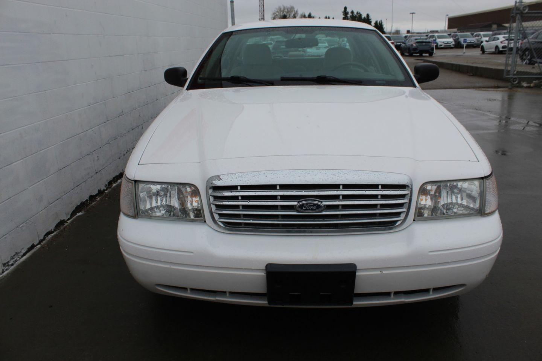 2009 Ford Crown Victoria  for sale in Edmonton, Alberta