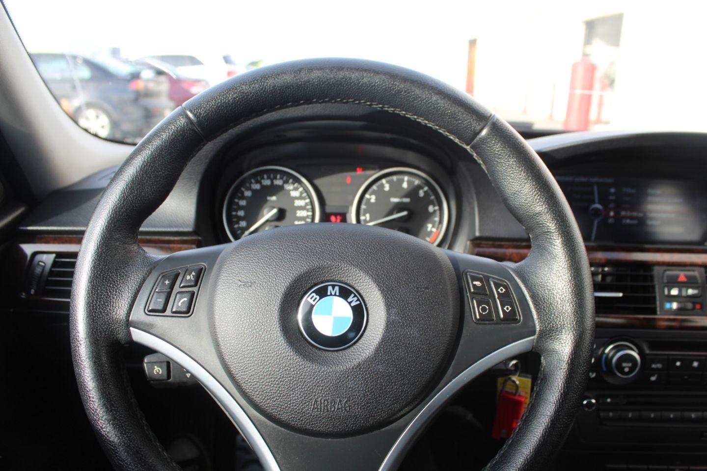 2011 BMW 3 Series 328i xDrive Classic Edition for sale in Edmonton, Alberta