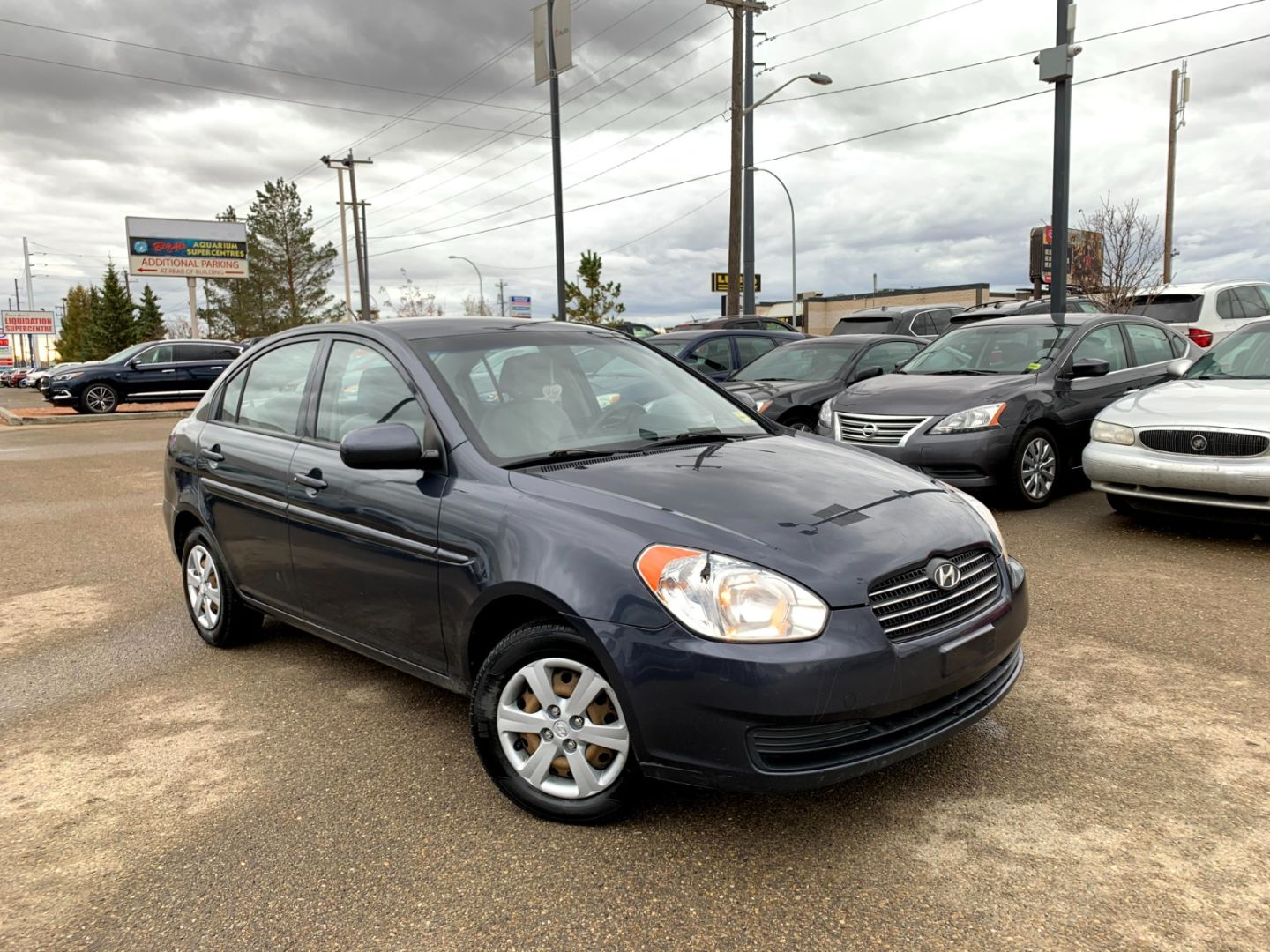 2010 Hyundai Accent GL for sale in Edmonton, Alberta