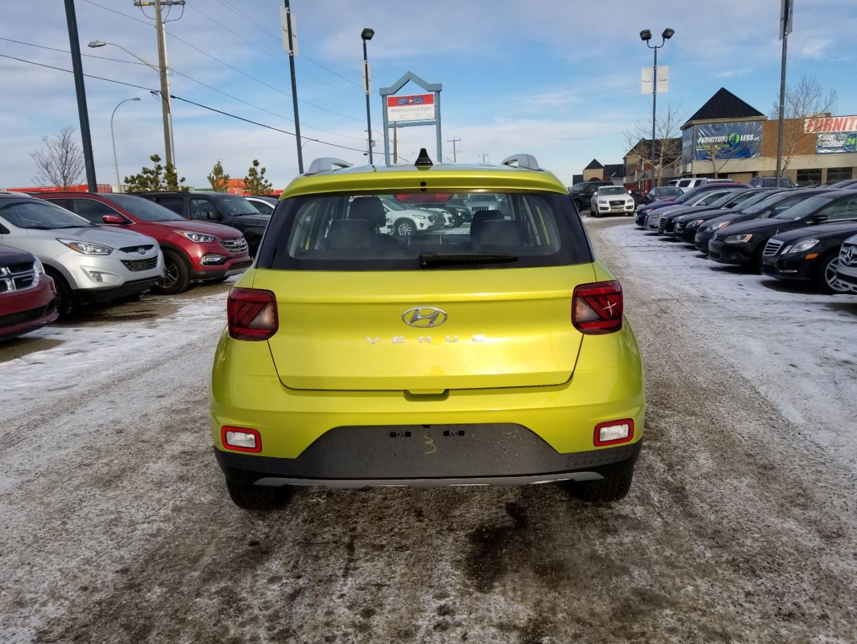 2020 Hyundai Venue Ultimate w/Grey-Lime Interior for sale in Edmonton, Alberta