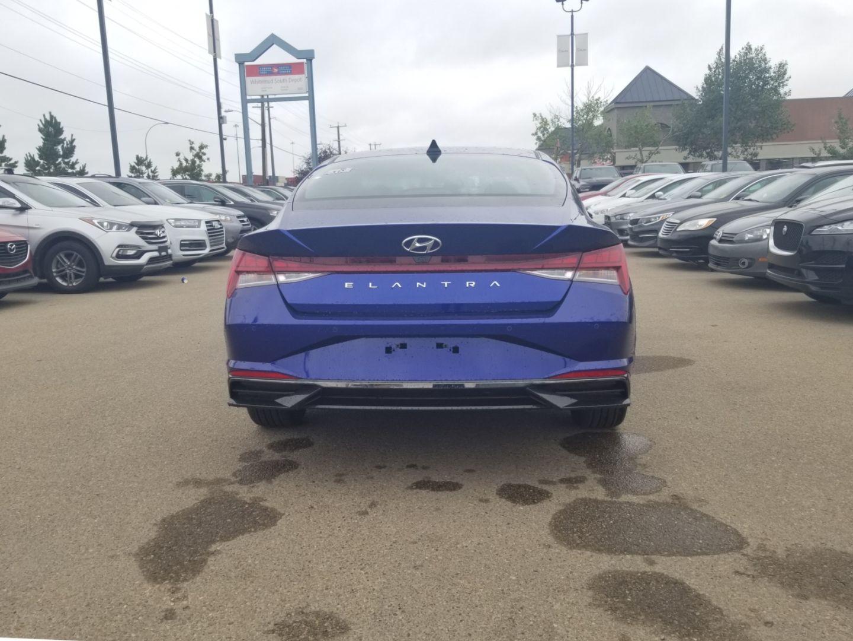 2022 Hyundai Elantra SEL for sale in Edmonton, Alberta