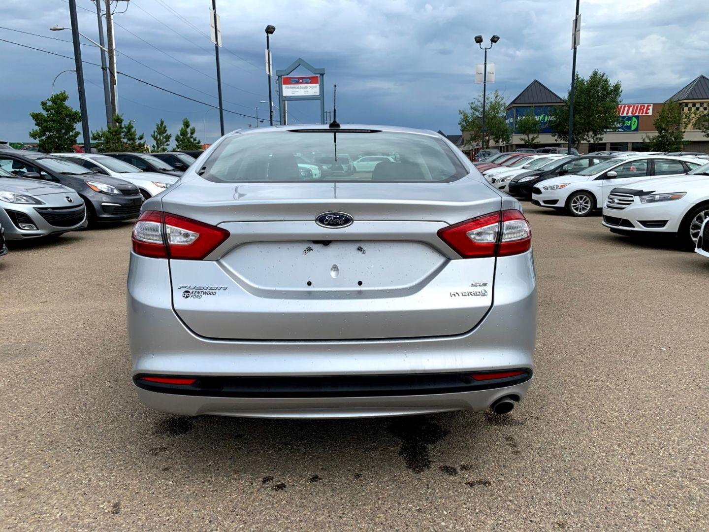 2014 Ford Fusion SE Hybrid for sale in Edmonton, Alberta