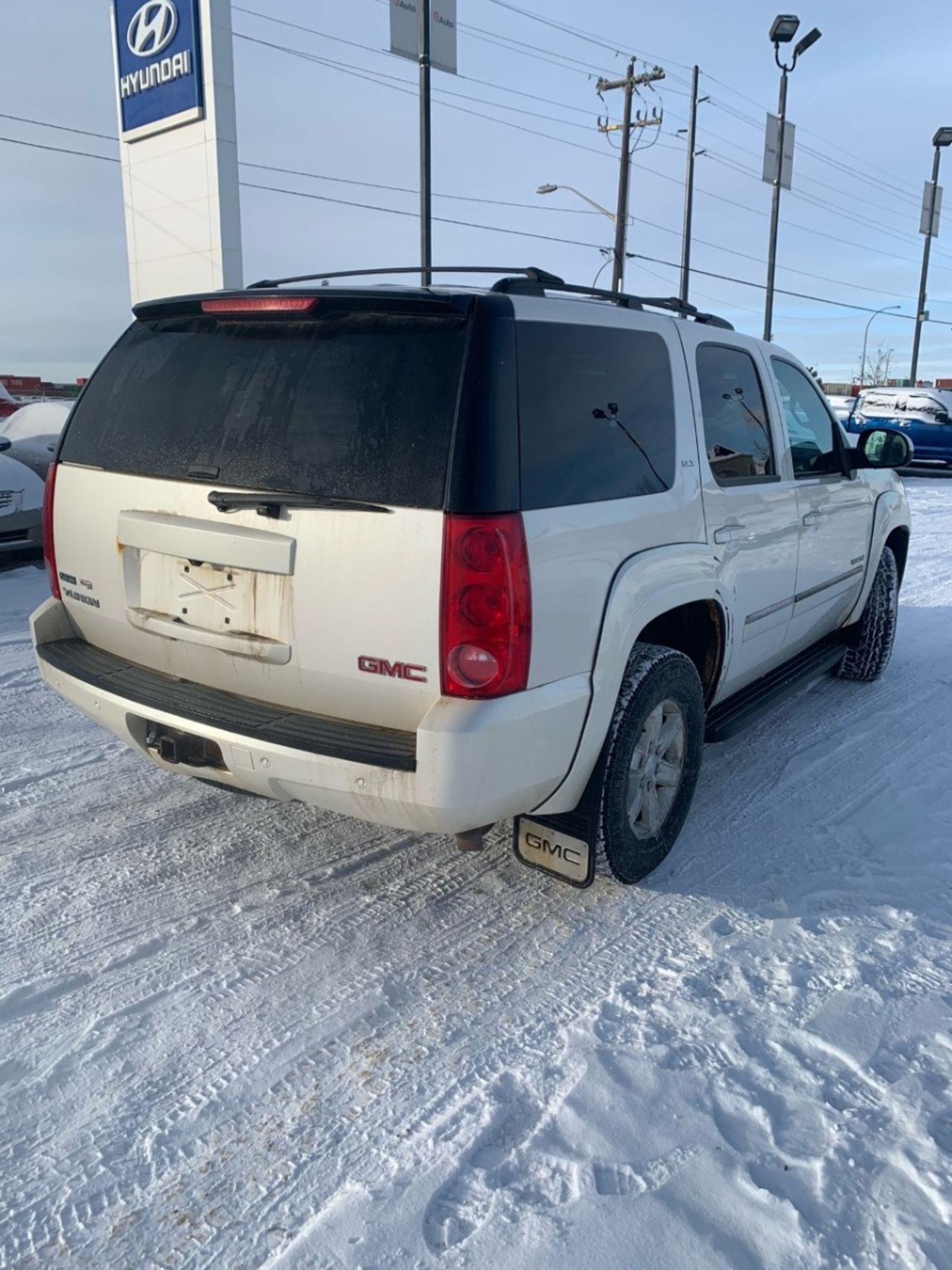 2011 GMC Yukon SLT for sale in Edmonton, Alberta
