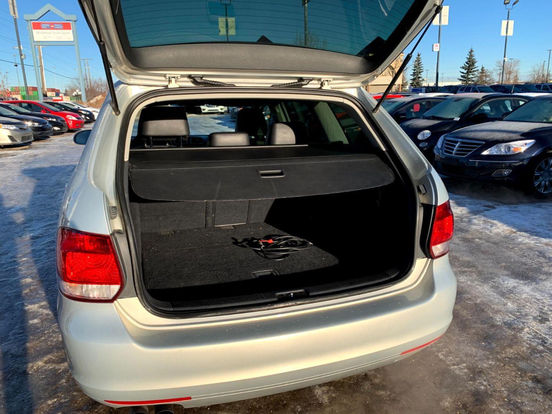 2012 Volkswagen Golf Wagon Highline for sale in Edmonton, Alberta