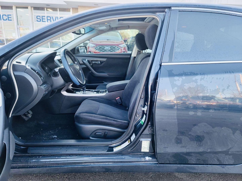 2013 Nissan Altima 2.5 SV for sale in Burlington, Ontario