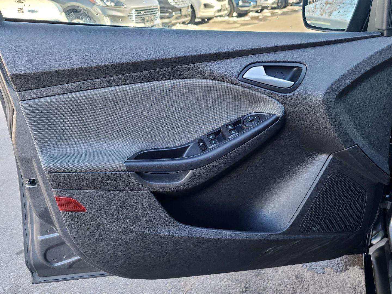 2013 Ford Focus SE for sale in Burlington, Ontario