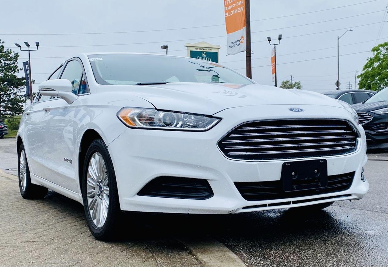 2014 Ford Fusion SE Hybrid for sale in Burlington, Ontario
