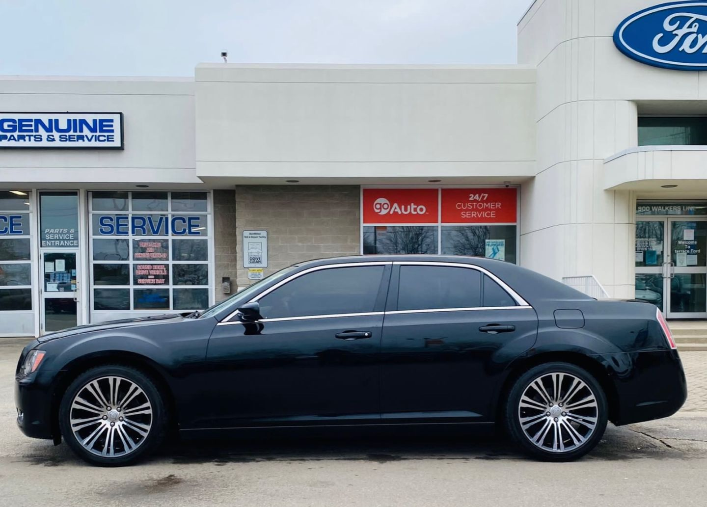 2012 Chrysler 300 300S for sale in Burlington, Ontario