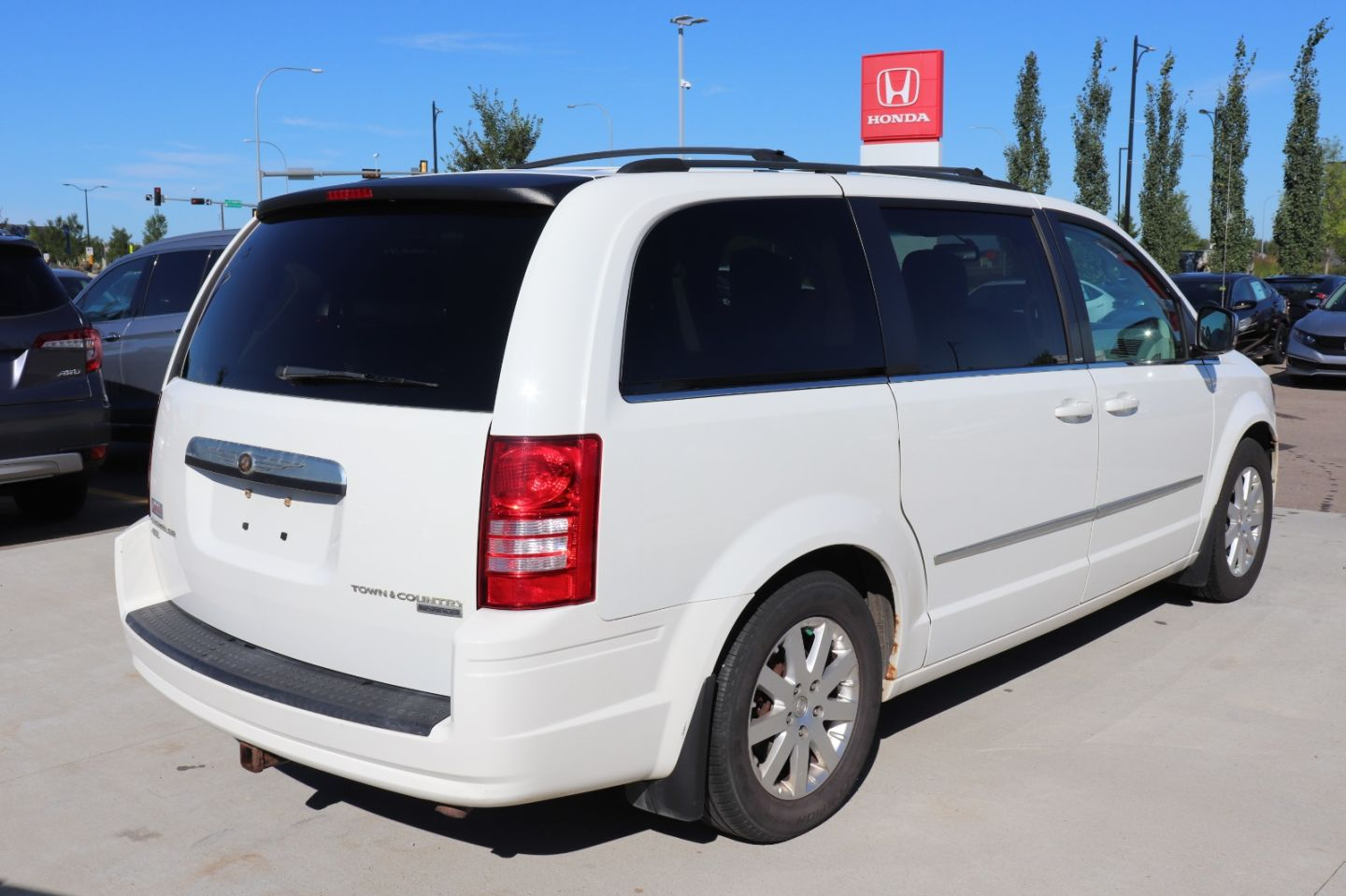 2010 Chrysler Town & Country Touring for sale in St. Albert, Alberta
