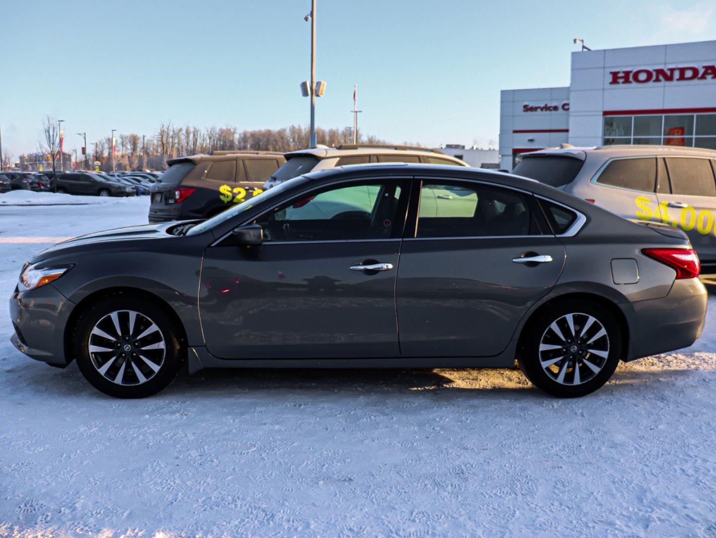 2017 Nissan Altima 2.5 SV for sale in St. Albert, Alberta